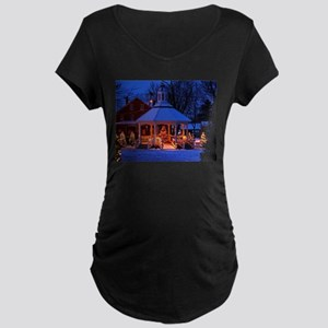 Sutton Gazebo at Christmas Maternity T-Shirt
