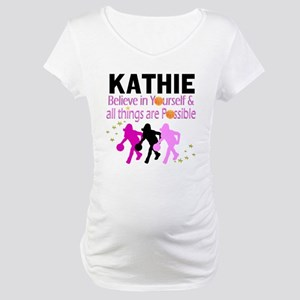 LOVE BASKETBALL Maternity T-Shirt