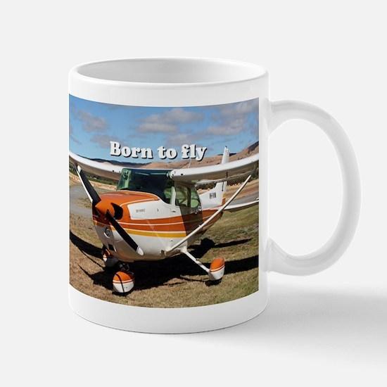 Born to fly: high wing aircraft Mugs