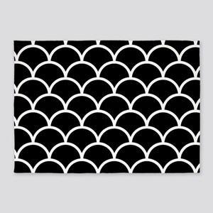 Black and White Scallop Pattern 5'x7'Area Rug