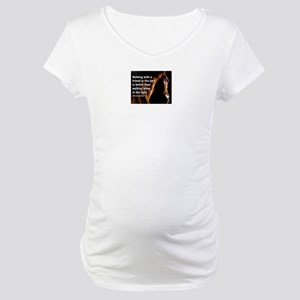 HORSE - Walking with a friend - Maternity T-Shirt
