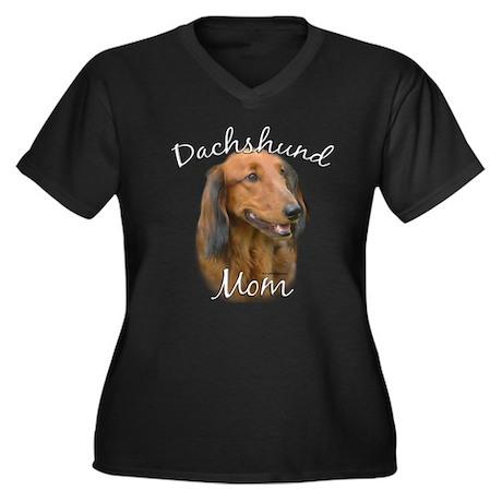 Dachshund Mom2 Women's Plus Size V-Neck Dark T-Shi