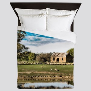 Farm Cottage Ruin at Myrtle Creek, Vic Queen Duvet