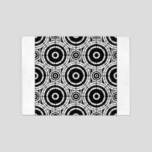 Geometric black and white 5'x7'Area Rug