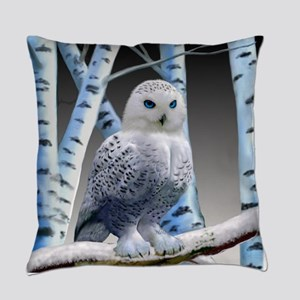 BLUE-EYED SNOW OWL Everyday Pillow