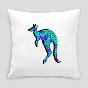HOPPING Everyday Pillow