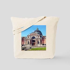 Museum Stop Tote Bag