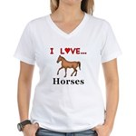 I Love Horses Women's V-Neck T-Shirt