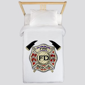 Maltese Cross with American Flag backgr Twin Duvet