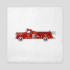 Fire Truck - Vintage fire truck. Queen Duvet