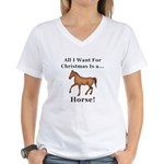 Christmas Horse Women's V-Neck T-Shirt