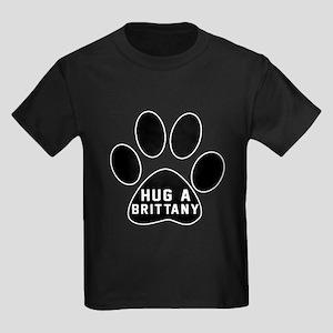 Hug A Brittany Dog Kids Dark T-Shirt