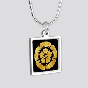 Oda Mon Japanese samurai clan gold on black Neckla