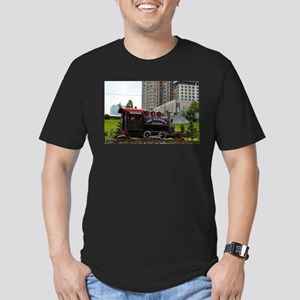 Old Alaska Railroad steam locomotive engin T-Shirt