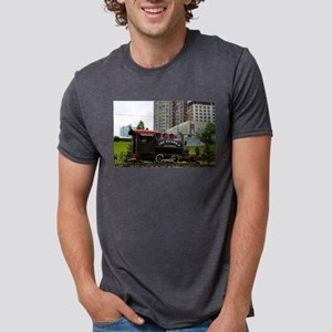 Old Alaska Railroad steam locomotive engin T-Shirt