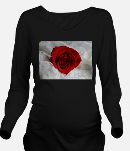 Wonderful Red Rose Long Sleeve Maternity T-Shirt
