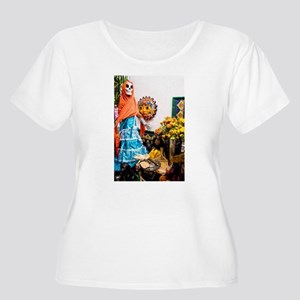 Day of the Dead Altar with Skele Plus Size T-Shirt
