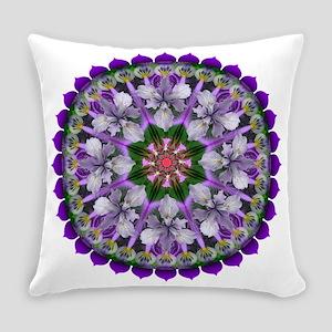 Mandala - Daily Focus 3415 Everyday Pillow