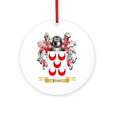 Pinter Round Ornament