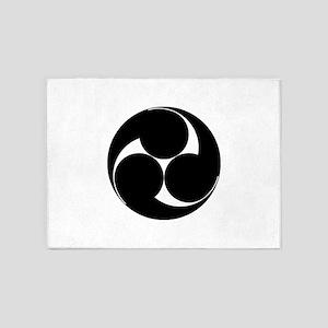 Hidari mitsu tomoe 5'x7'Area Rug