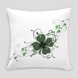 Elegant Shamrock Design Everyday Pillow