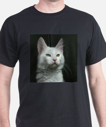 turkish angora two colored eyes white T-Shirt