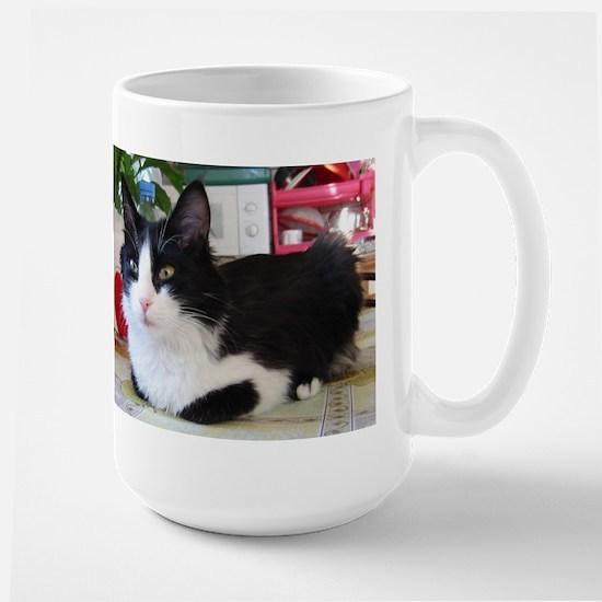 turkish angora black white Mugs
