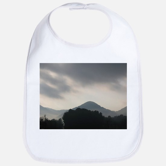 Smoke in the mountains Bib