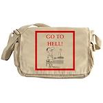 funny sports and gaming joke Messenger Bag
