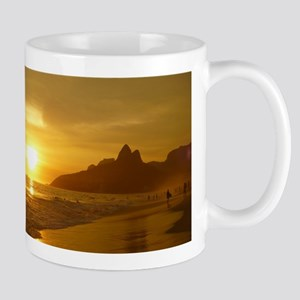 Ipanema beach Mugs