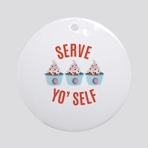 Serve Yoself Round Ornament