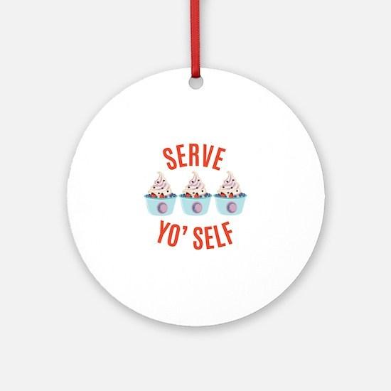 Serve Yoself Round Ornament