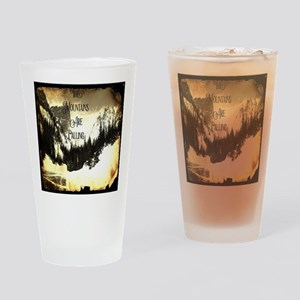 vintage mountains are calling Drinking Glass