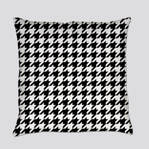 Black: Houndstooth Checkered Patte Everyday Pillow