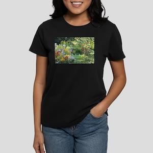 best premier high resolution top photo eve T-Shirt