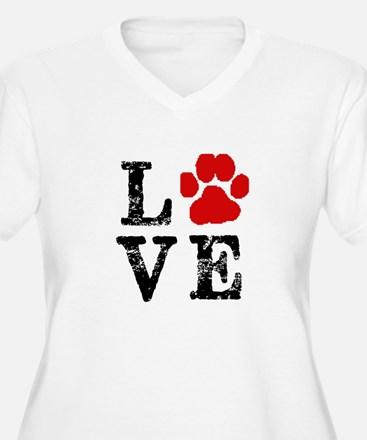 Love with a paw Plus Size T-Shirt