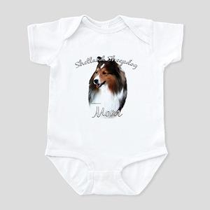 Sheltie Mom2 Infant Bodysuit
