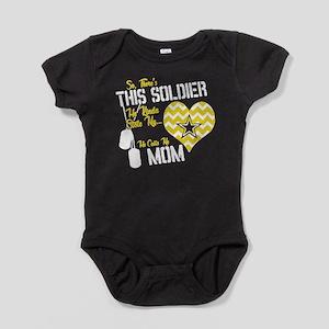 Proud Army Mom Baby Bodysuit