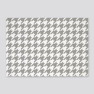 Grey, Fog: Houndstooth Checkered Pa 5'x7'Area Rug