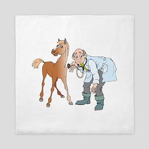 Veterinarian doctor with horse Queen Duvet