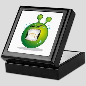 Smiley green alien huf Keepsake Box