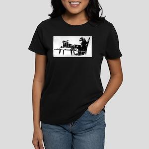 Typing chimpanze T-Shirt