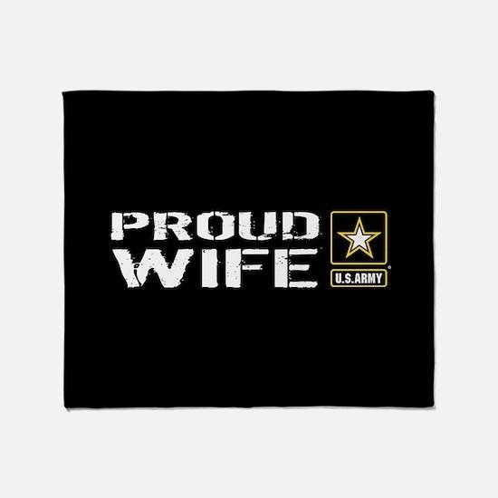 U.S. Army: Proud Wife (Black) Throw Blanket