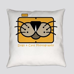 dogs and cats photography Everyday Pillow