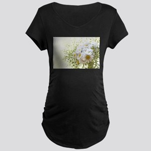 Bouquet of daisies in LOVE Maternity T-Shirt