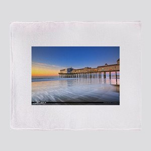 Old Orchard Beach Throw Blanket