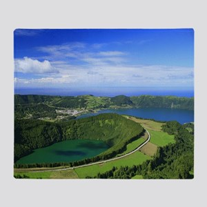 Sete Cidades crater Throw Blanket