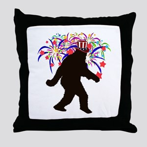 Squatchin for Indepandence Day Throw Pillow