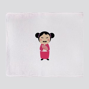 kokeshi doll Throw Blanket