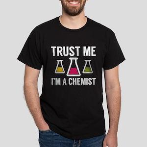 Trust Me I'm A Chemist Dark T-Shirt